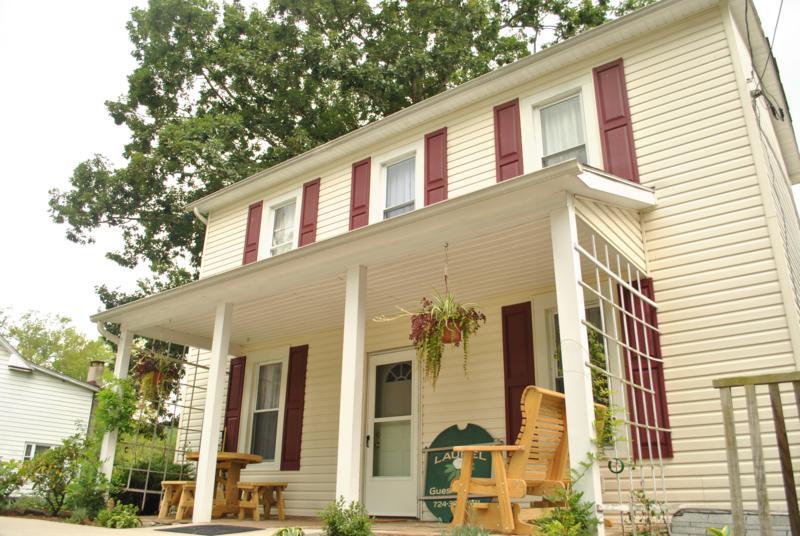 Laurel Guest House Exterior