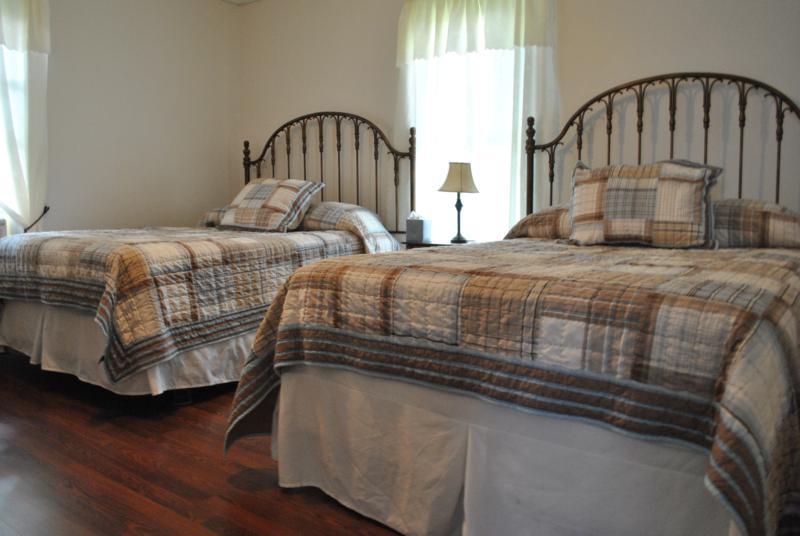 Laurel Guest House Beds