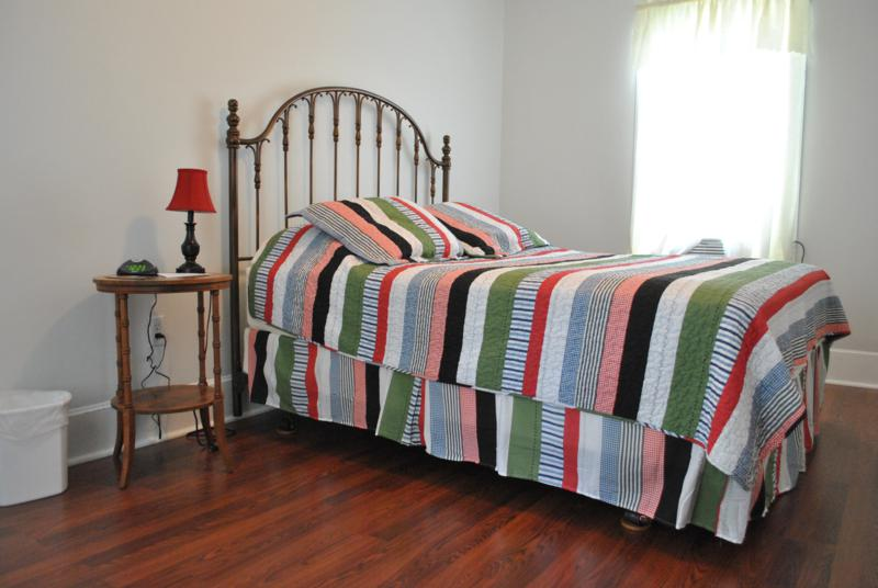 Laurel Guest House Bed