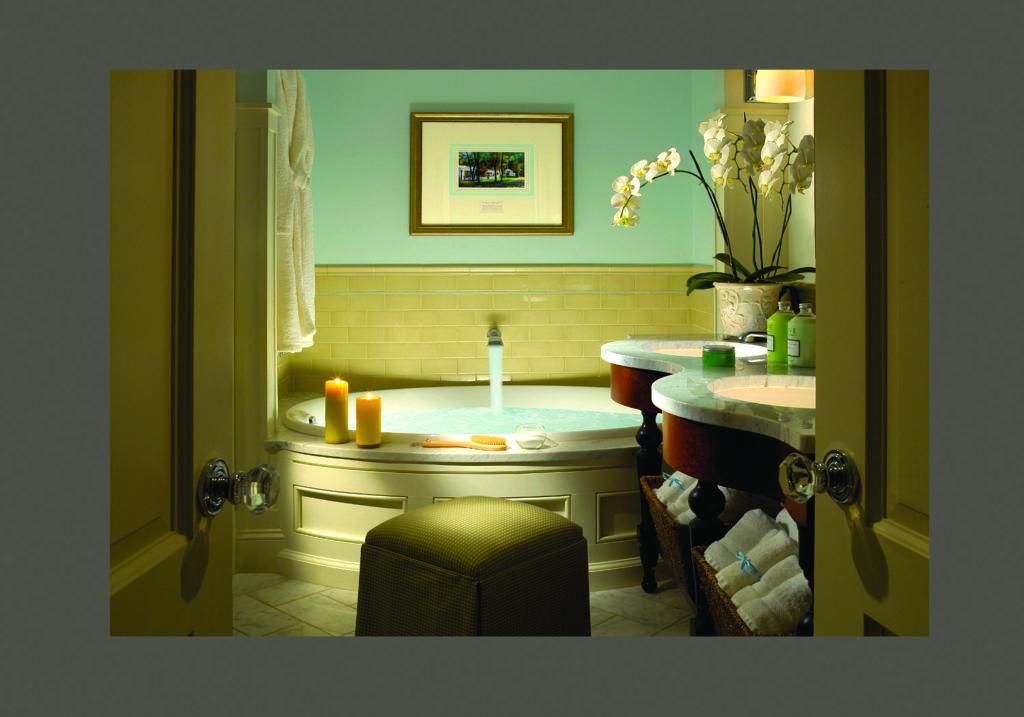 Omni Bedford Springs Resort Bathroom