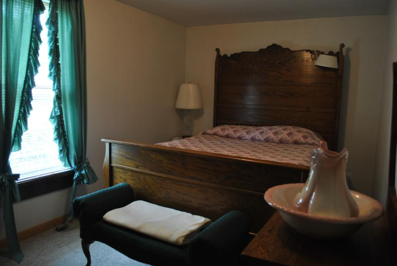 Ferncliff Guest House Bed